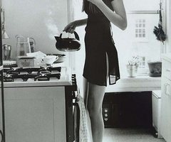 beautiful-beauty-black-and-white-bnw-body-breakfast-Favim.com-39884_thumb